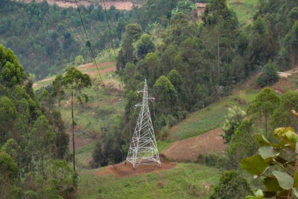 Pylones electriques au Rwanda